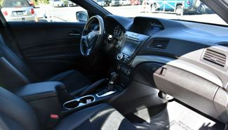 2017 Acura ILX Sedan w/Premium Waterbury, Connecticut 18