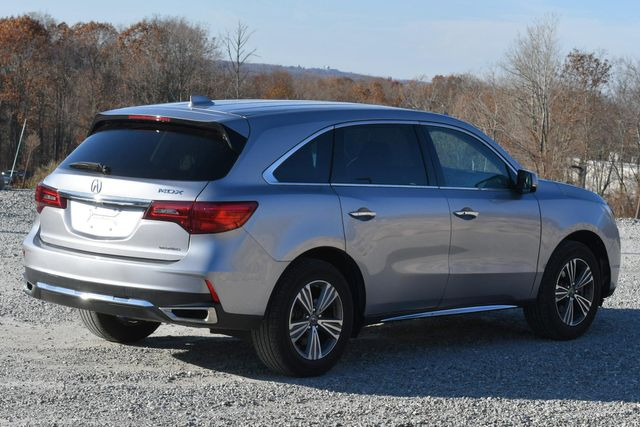 2017 Acura MDX Naugatuck, Connecticut 4