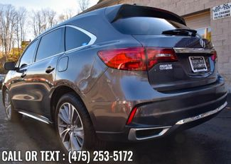 2017 Acura MDX w/Technology/Entertainment Pkg Waterbury, Connecticut 4