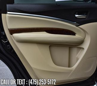 2017 Acura MDX w/Technology/Entertainment Pkg Waterbury, Connecticut 30