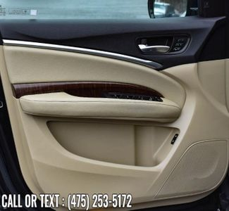 2017 Acura MDX w/Technology/Entertainment Pkg Waterbury, Connecticut 31