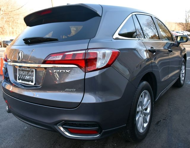 2017 Acura RDX AWD Waterbury, Connecticut 8