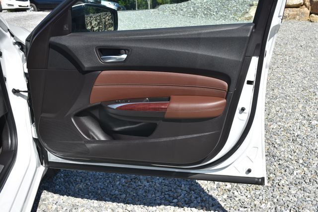 2017 Acura TLX V6 w/Technology Pkg Naugatuck, Connecticut 8