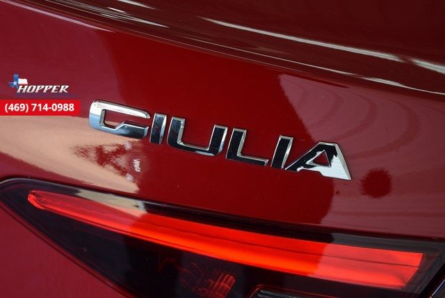 2017 Alfa Romeo Giulia Base in McKinney Texas, 75070