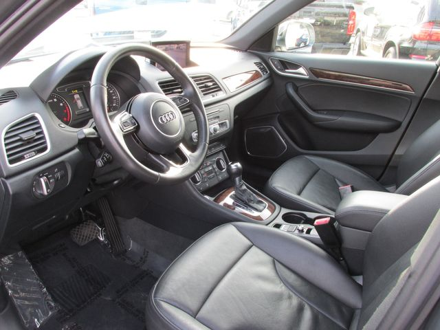 2017 Audi Q3 Quattro Prestige in Costa Mesa, California 92627