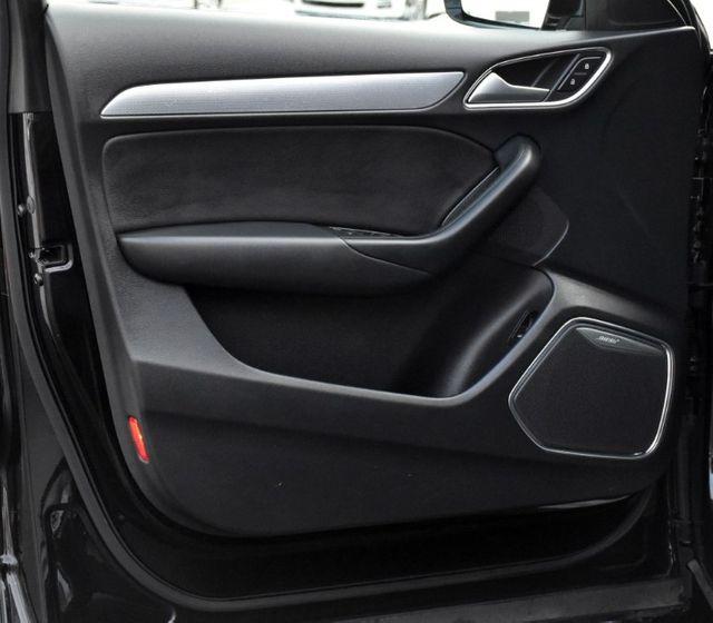 2017 Audi Q3 Prestige Waterbury, Connecticut 33
