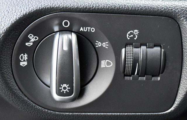 2017 Audi Q3 Prestige Waterbury, Connecticut 43