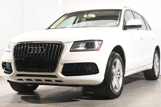 2017 Audi Q5 Premium Plus w/ Navigation/ Blind Spot