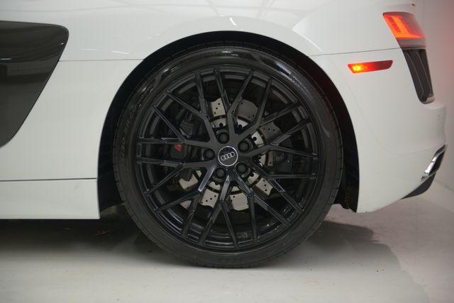2017 Audi R8 Coupe V10 Houston, Texas 15