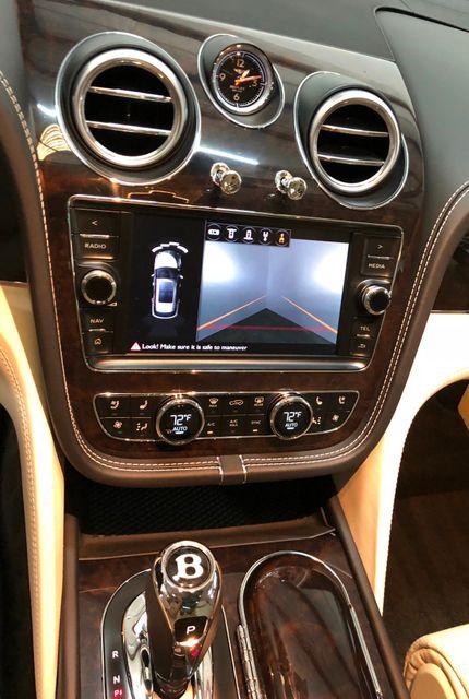 2017 Bentley Bentayga W12 Houston, Texas 7