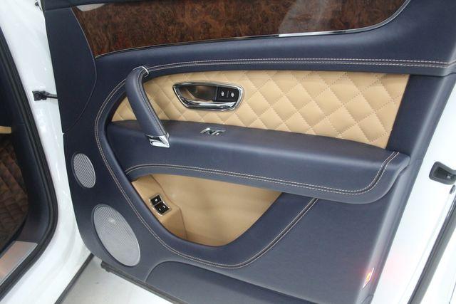 2017 Bentley Bentayga W12 Houston, Texas 27