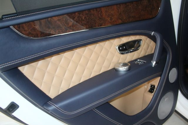 2017 Bentley Bentayga W12 Houston, Texas 35