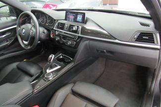 2017 BMW 330i xDrive W/NAVIGATION SYSTEM/ BACK UP CAM Chicago, Illinois 17