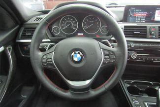 2017 BMW 330i xDrive W/NAVIGATION SYSTEM/ BACK UP CAM Chicago, Illinois 26