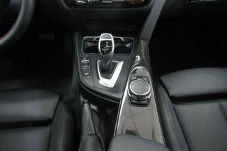 2017 BMW 330i xDrive W/NAVIGATION SYSTEM/ BACK UP CAM Chicago, Illinois 29