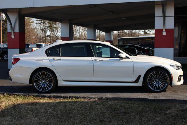 2017 BMW 750i RWD - M SPORT, EXECUTIVE & DRIVER PLUS II PKGS! Mooresville , NC 16