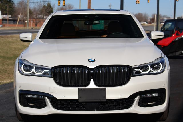 2017 BMW 750i RWD - M SPORT, EXECUTIVE & DRIVER PLUS II PKGS! Mooresville , NC 18