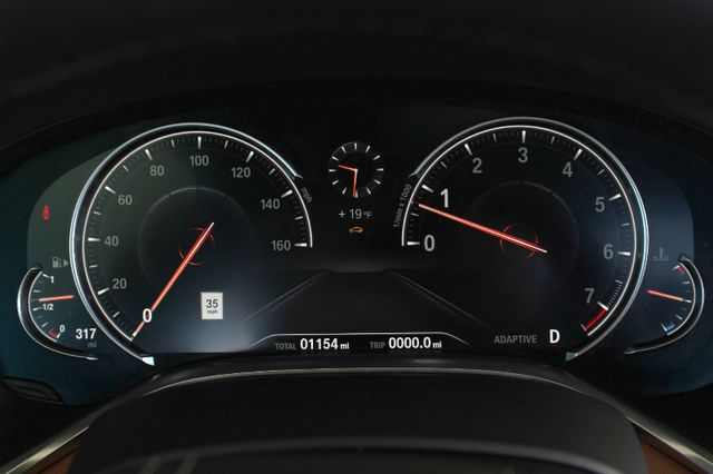 2017 BMW 750i RWD - M SPORT, EXECUTIVE & DRIVER PLUS II PKGS! Mooresville , NC 10