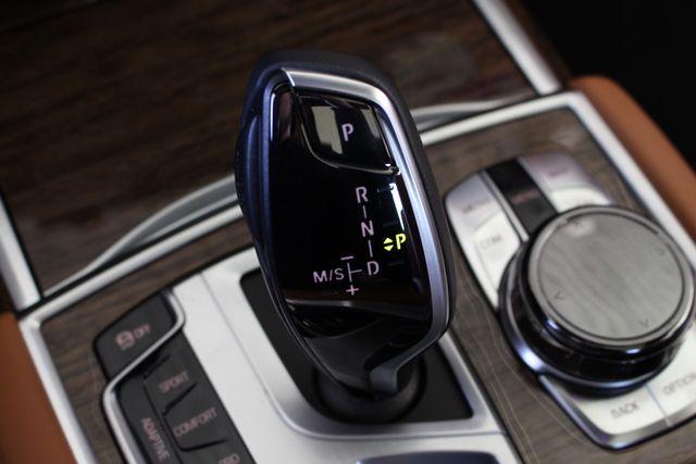 2017 BMW 750i RWD - M SPORT, EXECUTIVE & DRIVER PLUS II PKGS! Mooresville , NC 114