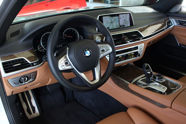 2017 BMW 750i RWD - M SPORT, EXECUTIVE & DRIVER PLUS II PKGS! Mooresville , NC 47