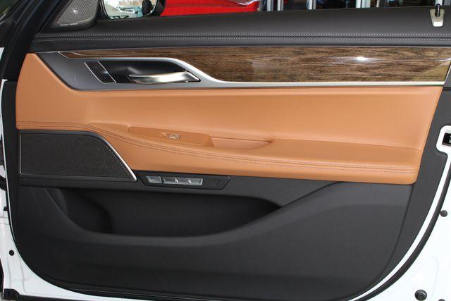 2017 BMW 750i RWD - M SPORT, EXECUTIVE & DRIVER PLUS II PKGS! Mooresville , NC 137