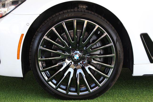 2017 BMW 750i RWD - M SPORT, EXECUTIVE & DRIVER PLUS II PKGS! Mooresville , NC 22