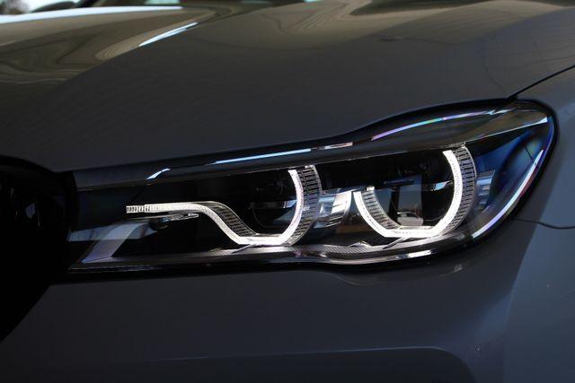 2017 BMW 750i RWD - M SPORT, EXECUTIVE & DRIVER PLUS II PKGS! Mooresville , NC 41