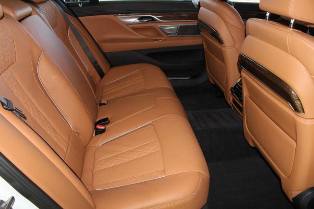 2017 BMW 750i RWD - M SPORT, EXECUTIVE & DRIVER PLUS II PKGS! Mooresville , NC 127
