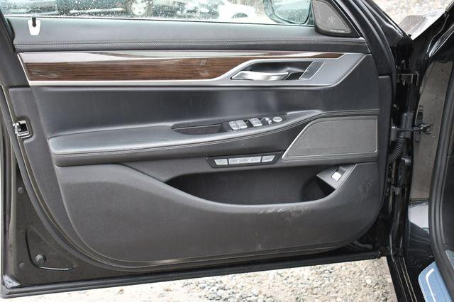 2017 BMW 750i xDrive Naugatuck, Connecticut 17