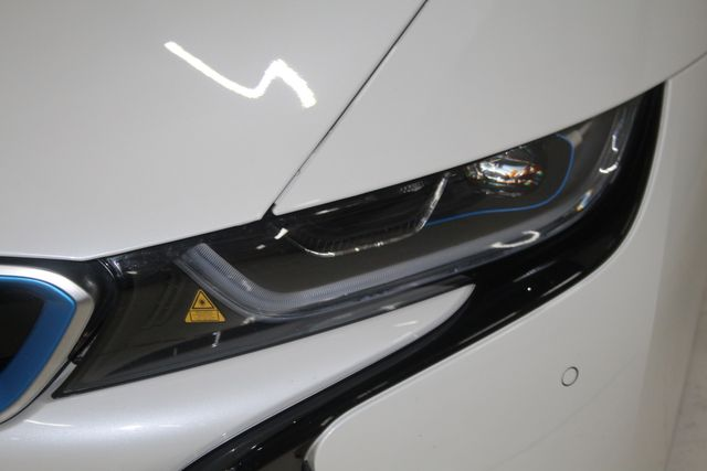 2017 BMW i8 Houston, Texas 10