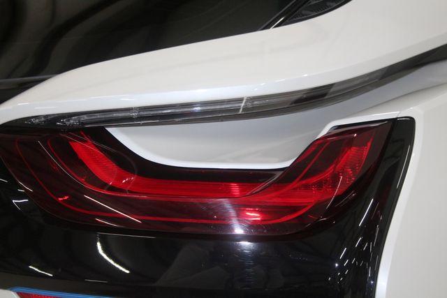 2017 BMW i8 Houston, Texas 17