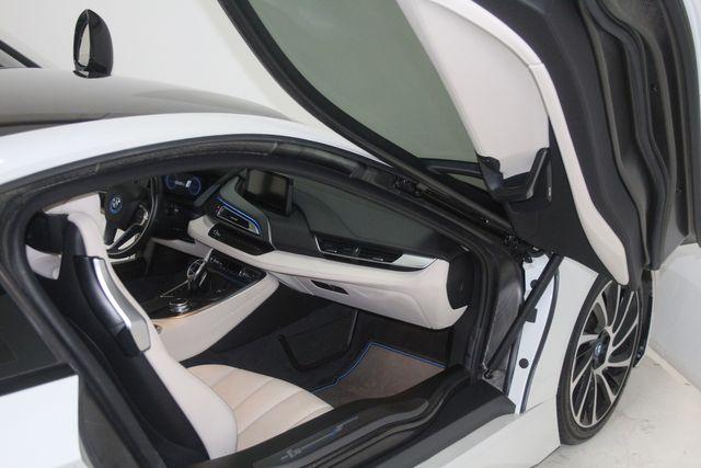 2017 BMW i8 Houston, Texas 19