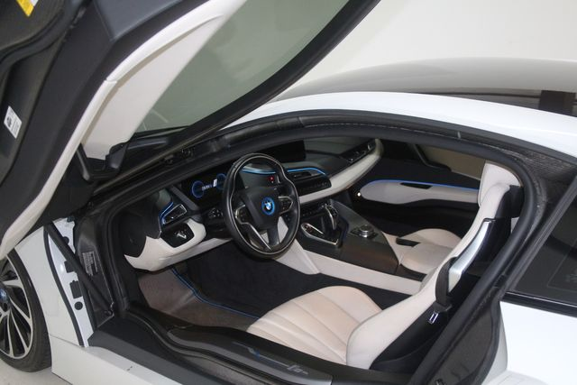 2017 BMW i8 Houston, Texas 20