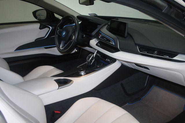 2017 BMW i8 Houston, Texas 24