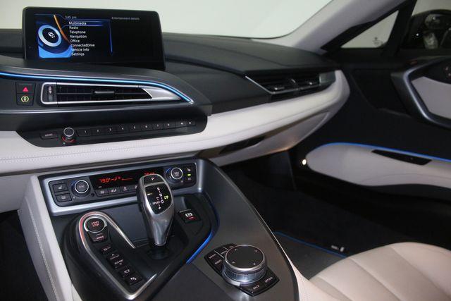 2017 BMW i8 Houston, Texas 30