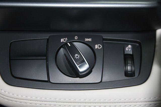 2017 BMW i8 Houston, Texas 36