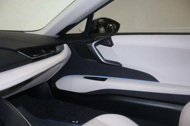 2017 BMW i8 Houston, Texas 38