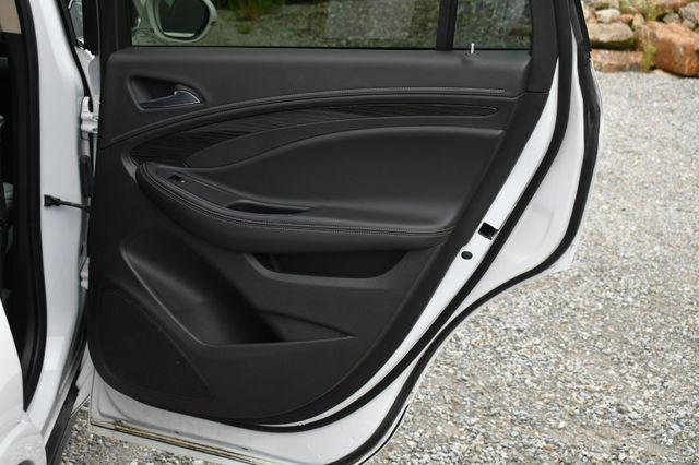 2017 Buick Envision Premium I Naugatuck, Connecticut 13