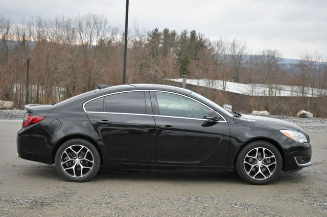 2017 Buick Regal Sport Touring Naugatuck, Connecticut 7