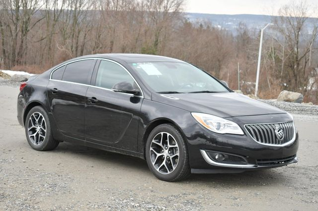 2017 Buick Regal Sport Touring Naugatuck, Connecticut 8