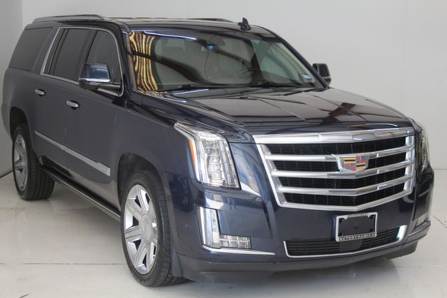 2017 Cadillac Escalade ESV Premium Luxury Houston, Texas 3