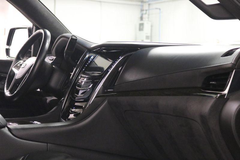 2017 Cadillac Escalade ESV Platinum    city NC  The Group NC  in Mooresville, NC