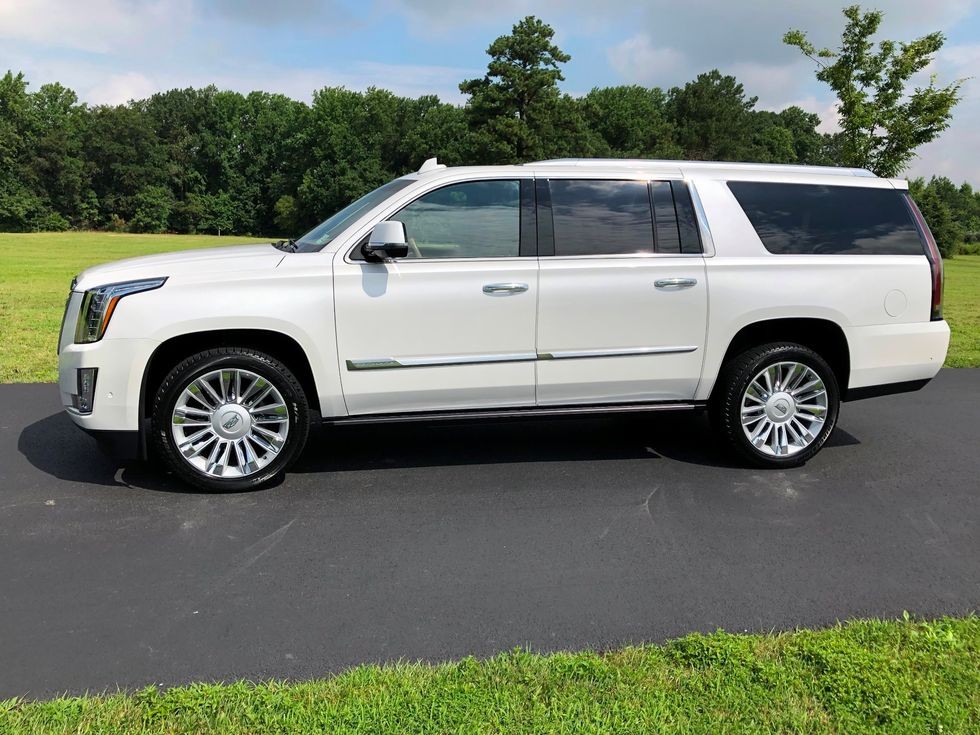12k In Miles >> 2017 Cadillac Escalade Esv Platinum Only 12k Miles 1 Owner Awd Mint