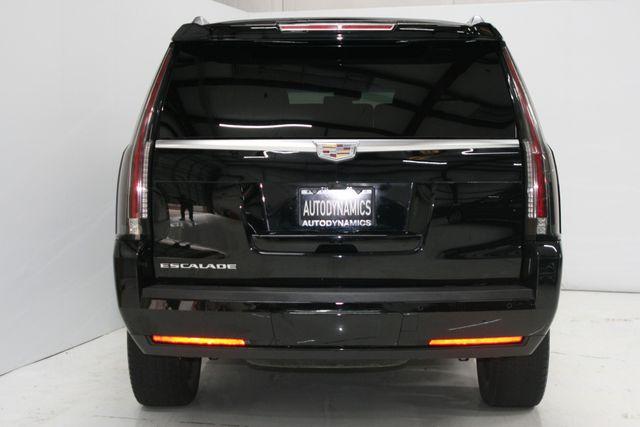 2017 Cadillac Escalade Premium Luxury Houston, Texas 8