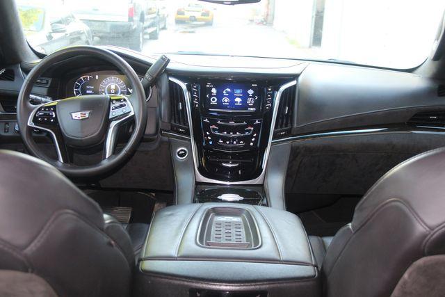 2017 Cadillac Escalade Platinum Houston, Texas 24