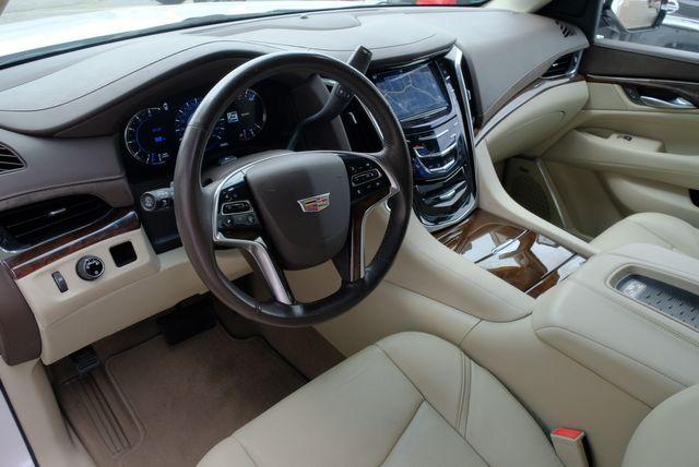 2017 Cadillac Escalade Base in Memphis, Tennessee 38115