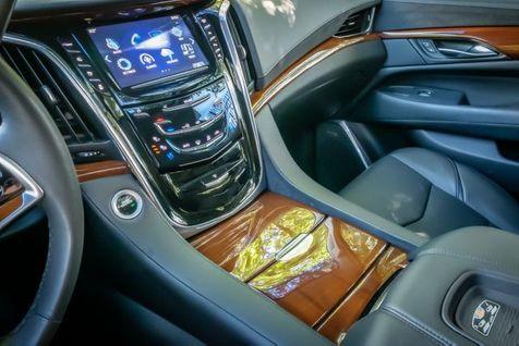 2017 Cadillac Escalade Premium Luxury   Memphis, Tennessee   Tim Pomp - The Auto Broker in Memphis, Tennessee