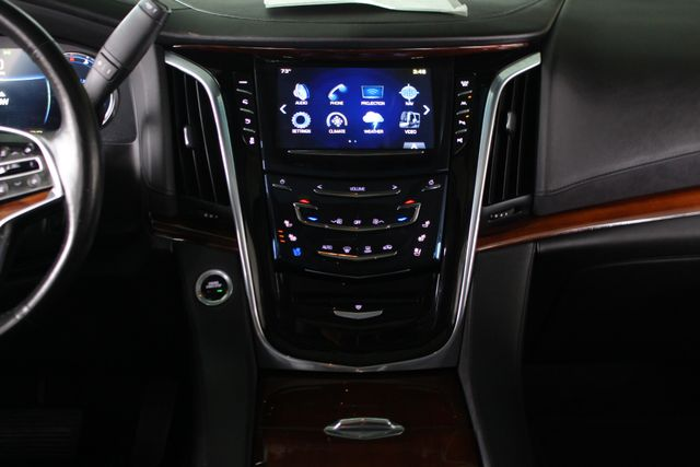 "2017 Cadillac Escalade Luxury 4WD - NAV - REAR DVD - SUNROOF - 22"" WHEELS Mooresville , NC 12"