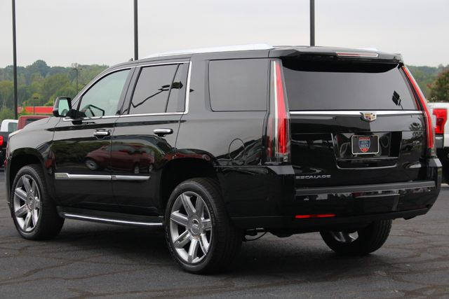 "2017 Cadillac Escalade Luxury 4WD - NAV - REAR DVD - SUNROOF - 22"" WHEELS Mooresville , NC 26"