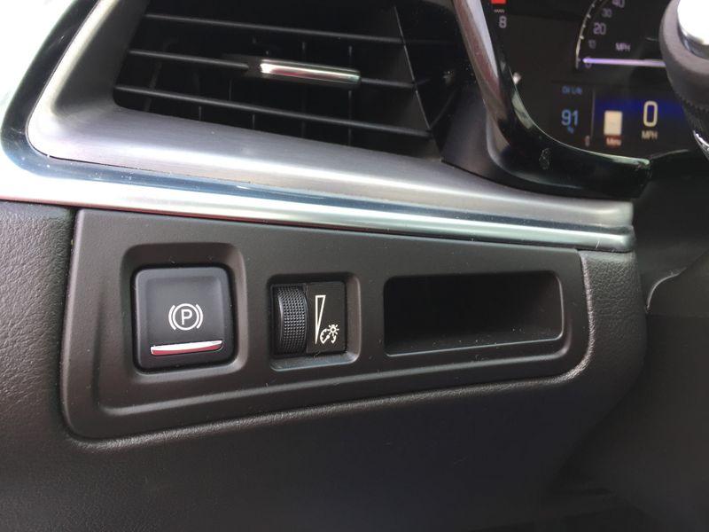 2017 Cadillac XT5 Premium Luxury FWD  Brownsville TX  English Motors  in Brownsville, TX